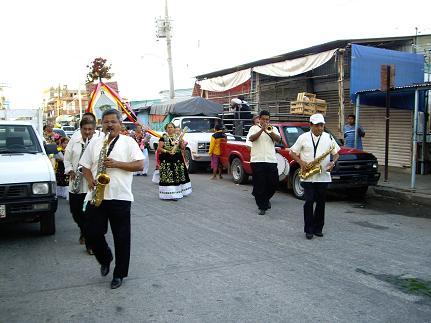 parade oaxaca.jpg