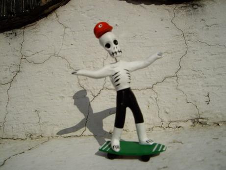 サーフィン骸骨.jpg