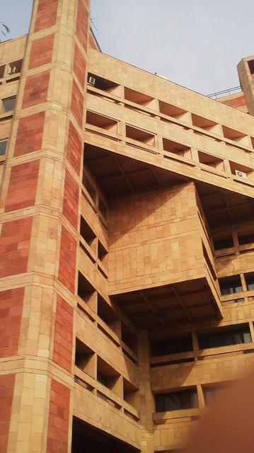 インドのオフィスビル.jpg