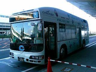 燃料電池バス 駐車場シャトルバス