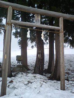 野沢温泉スキー場の鳥居100227_1620~0001.jpg
