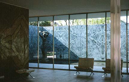 バルセロナパビリオンと家具 インテリア・デザイン 楽天ブログ