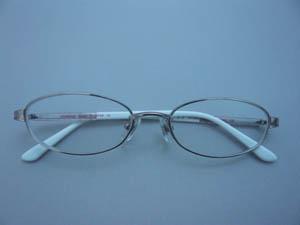 セリーヌのメガネ