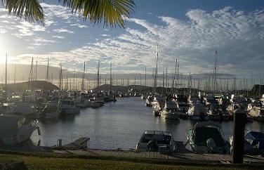 ニューカレドニア 港