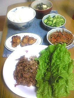 05r26晩御飯 お肉のお野菜まきもから揚げも~~美味しそう~~.jpg
