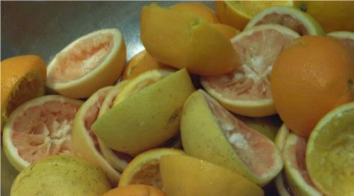 絞ったあとのオレンジ