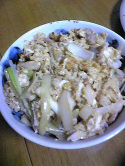 0515 男料理 ご飯 親子どんぶり.jpg