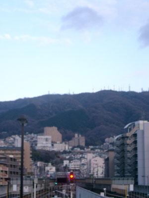 生駒山と新生駒トンネル