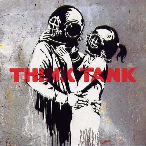 s-blur-think_tank-frontal.jpg